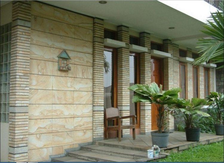 keramik tembok teras terbaru