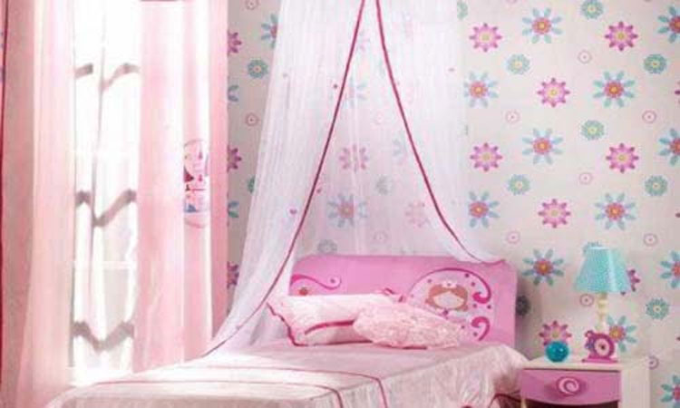 wallpaper dinding kamar anak antik