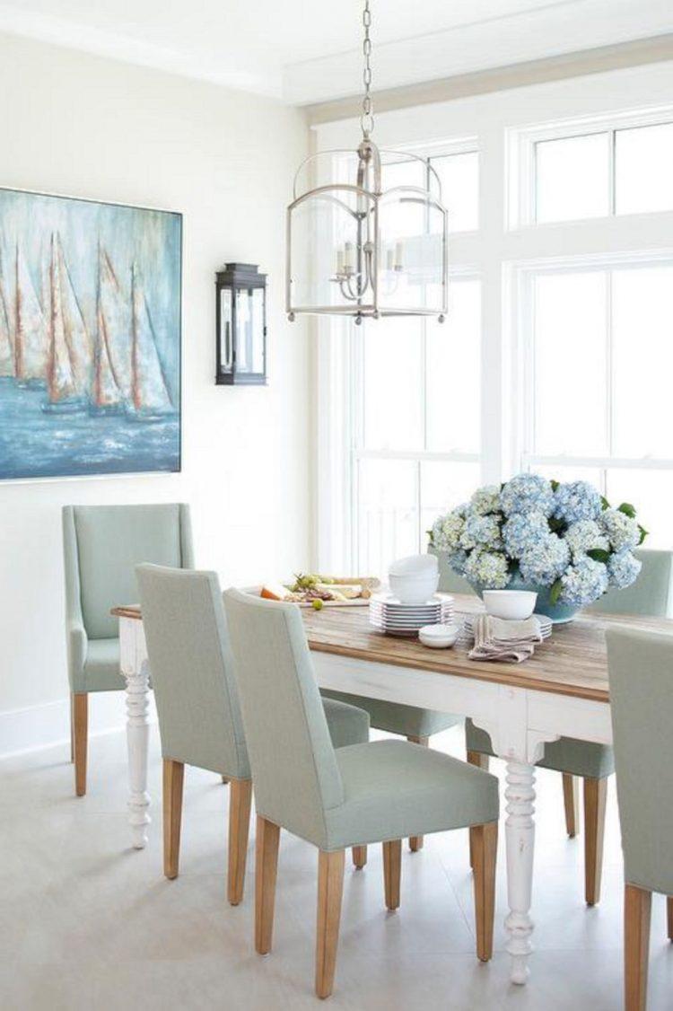 meja dapur dibawah tangga